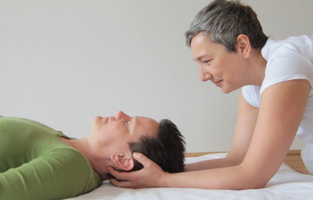 Shiatsu Entspannung bei Kopfschmerzen